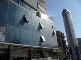 Zyre per shitje ne qender te qytetit te Elbasanit, afer Postes, (ELS-101-1)
