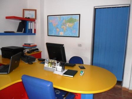 Zyre/Dyqan me qera/shitje afer shkolles 'Edith Durham' ne Tirane, (TRR-101-74)