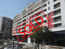 Apartament per shitje prane liqenit ne Tirane, (TRS-101-44)