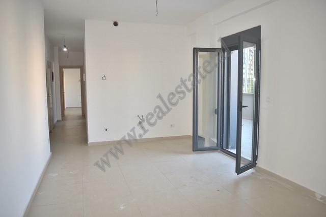 Apartament 2+1 per shitje ne rrugen e Elbasanit ne Tirane