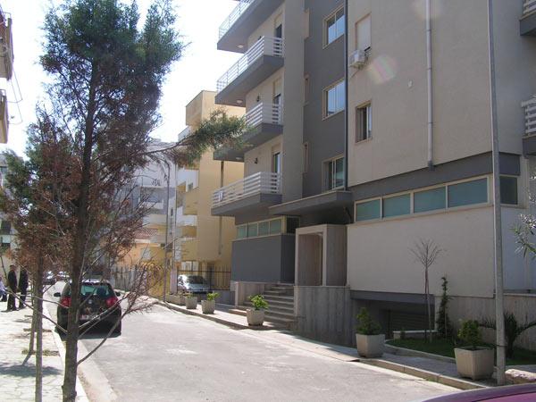 Apartament per SHITJE tek Iliria ne Plazhin e Durresit | me HIPOTEKE | vije e pare bregdeti (DRS-1004)