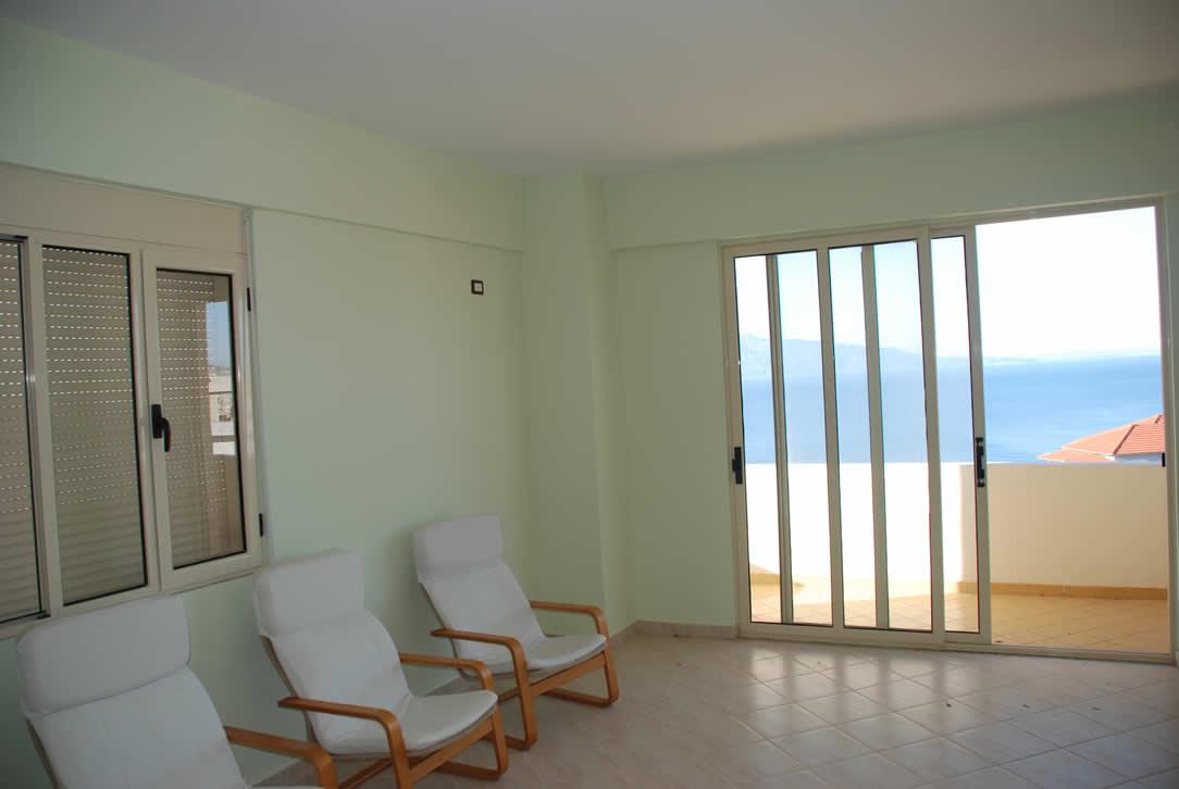 SHITET apartament 130 m2, 2+1, me HIPOTEKE ne Sarande me pamje nga deti (SRS-1003)