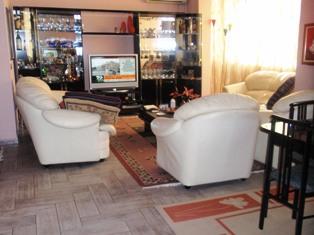 Apartament per shitje tek Komuna e Parisit perball me Euromax, (TRS-101-29)