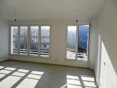 Apartament per shitje tek residenca 'Kodra e Diellit' ne Tirane, (TRR-101-69)