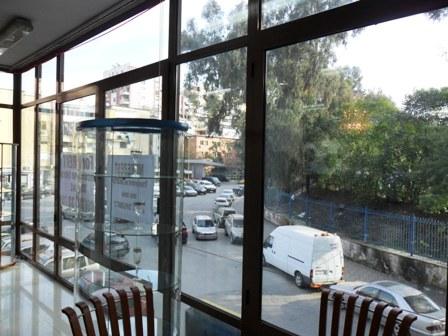 Large store space for rent in Emin Duraku Street, close to 'Selman Stermasi' Stadium, (TRR-101-72)