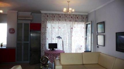 Apartament 1+1 me qera ne rrugen Lidhja e Prizrenit ne Tirane (TRR-312-13)