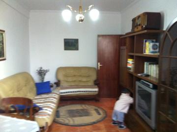 Apartament 2+1 me qera afer Bllokut te Tiranes, (TRR-312-17)