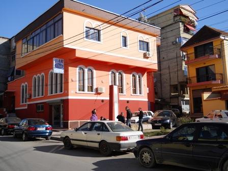 Vile per shitje ne rrugen '4 Deshmoret' Ne Tirane , (TRS-412-1)