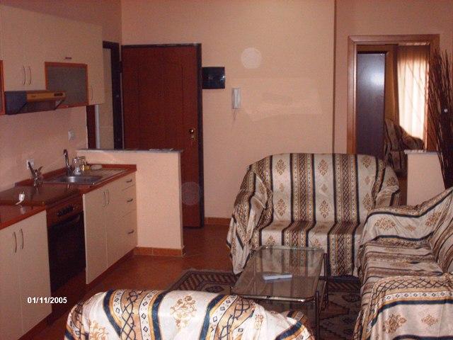 Apartament 2+1me qera tek 21 Dhjetori ne Tirane, (TRR-412-6)