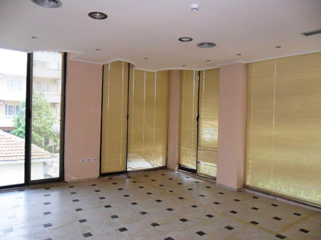 Office space for rent close to Myslym Shyri Street in Tirana, (TRR-412-21)