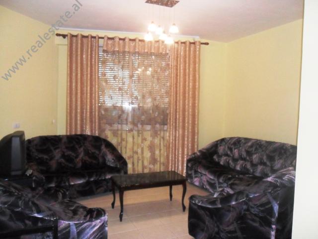 Apartament 2+1 me qera tek Selvia ne Tirane , (TRR-912-15)
