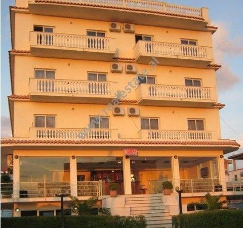 Hotel per shitje ne qender te Golemit, (GLS-912-1)