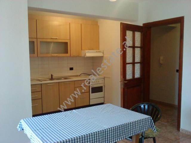 Apartament2+1  me qera tek Selvia ne Tirane, (TRR-1112-31)