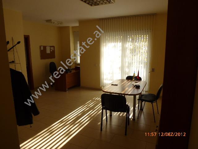 Apartament per zyra 1+1 me qera tek Tvsh-ja ne Tirane, (TRR-113-15)