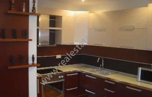 Apartament 1+1 per shitje ne Bulevardin Bajram Curri ne Tirane,  (TRS-113-21)