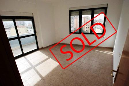 Apartament per shitje afer sheshit Avni Rustemi, rruga Tefta Pashko ne Tirane, (TRS-101-67)