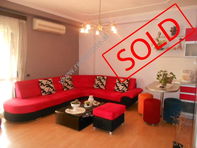 Apartament 2+1 per shitje ne rrugen 4 Deshmoret ne Tirane , (TRS-1012-6)