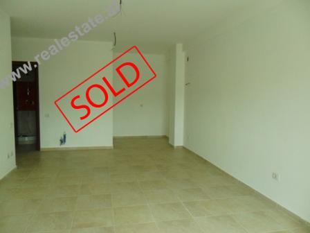Apartament 2+1 ne shitje te Zogu i Zi ne Tirane (TRS-513-29)