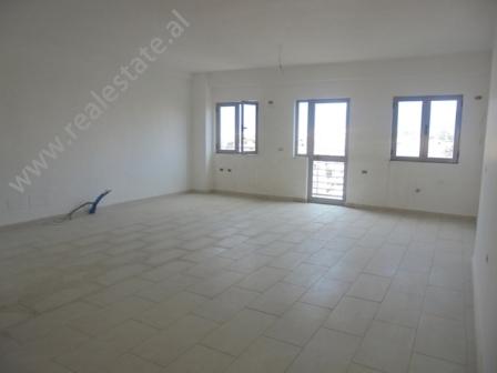 Apartament 3+1 ne shitje ne zonen e Selites ne Tirane (TRS-1014-68j)