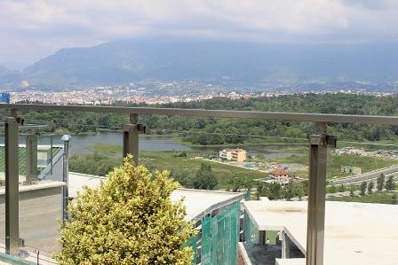 Apartamente per shitje te hapesirave te ndryshme te Liqeni ne Tirane , (TRS-1215-25a)