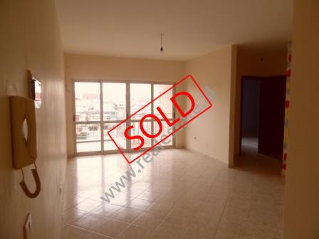 Apartament 2+1 per shitje mbrapa Fakultetit te Inxhinierise se Ndertimit ne Tirane (TRS-216-64K)