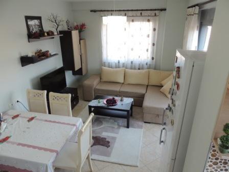 Apartament 2+1 per shitje ne krah te Spitalit Hygeia ne Tirane , (TRS-316-25a)