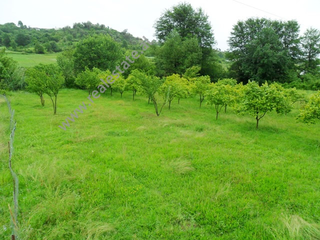 Land for sale in Vaqarr area, close to Kombinat in Tirana, Albania (TRS-516-37b)