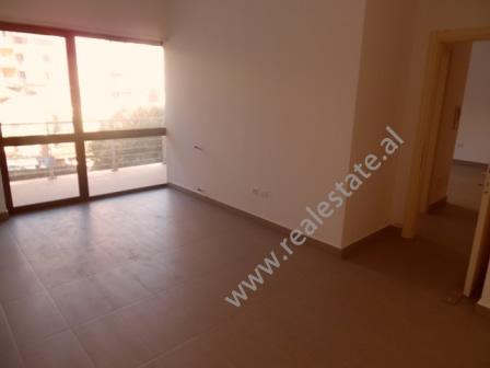 Apartment for rent for office in Tafaj Street in Tirana, Albania  (TRR-916-35K)
