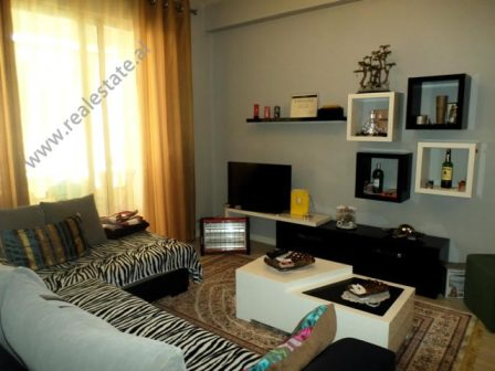 Apartament 2+1  per shitje ne zonen e Yzberishtit ne Tirane, (TRS-218-45d)