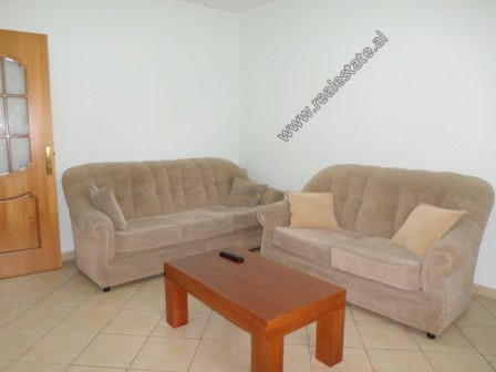 Apartament 1+1 me qera prane rruges Mine Peza ne Tirane (TRR-618-37L)