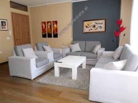 Apartament 2+1 me qera prane Qendres Kristal ne Tirane (TRR-718-14L)