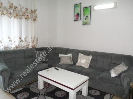 Apartament 1+1 dhe bodrum ne shitje afer rruges Jordan Misja ne Tirane (TRS-718-29E)