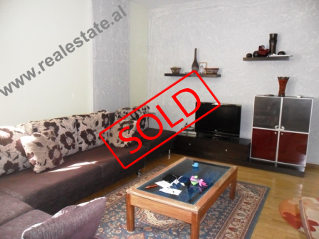 Apartament 2+1 ne shitje te Zogu i Zi ne Tirane (TRS-513-16)