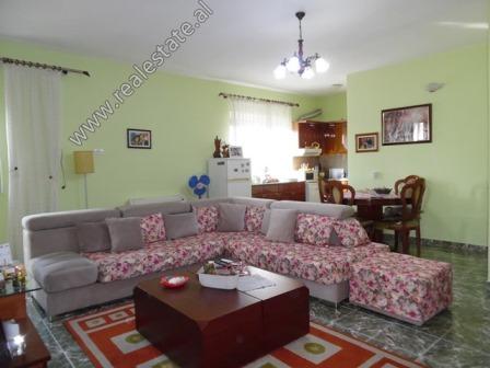 Apartament 2+1 me qera prane Mozaikut ne Tirane (TRR-1018-31L)