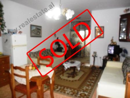 Apartament 1+1 ne shitje te Zogu i Zi ne Tirane (TRS-413-2)