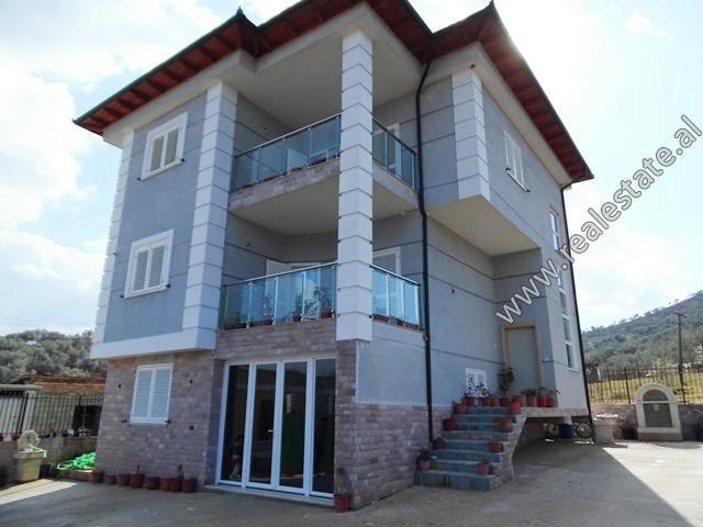 Three storey villa for rent in Mjull-Bathore area very close to TEG in Tirana, Albania (TRR-319-10L)