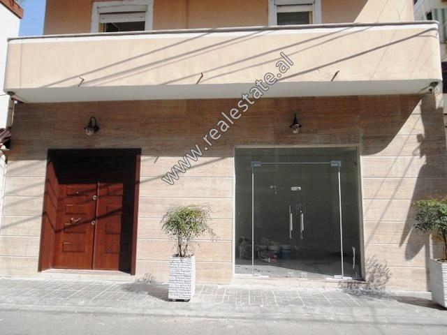 Three storey villa for rent near Kavaja Street in Tirana, Albania (TRR-119-10L)