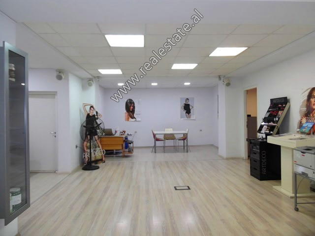 Office for rent in Blloku area in Tirana, Albania (TRR-519-16L)