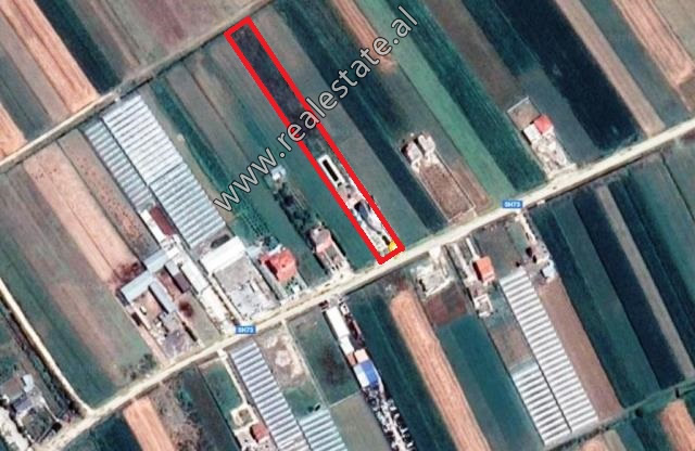 Land and 4-storey building  for sale in Strume area in Fier (FRS-819-1L)