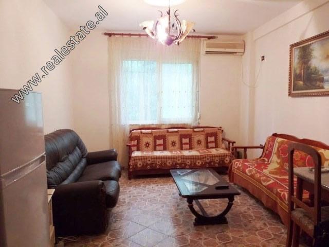 Apartament 2+1 per shitje prane zones se plazhit ne Golem (GLS-919-1L)
