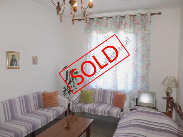 Apartament 2+1 per shitje prane Stadiumit Dinamo ne Tirane (TRS-819-24S)