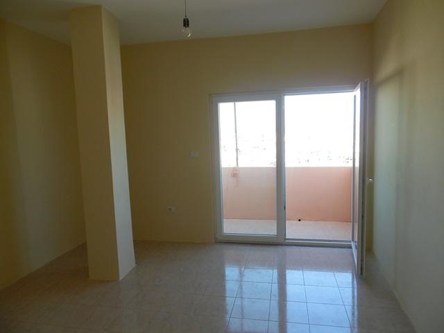 Apartament 3+1 ne shitje ne zonen e Don Boskos ne Tirane (TRS-919-34T)
