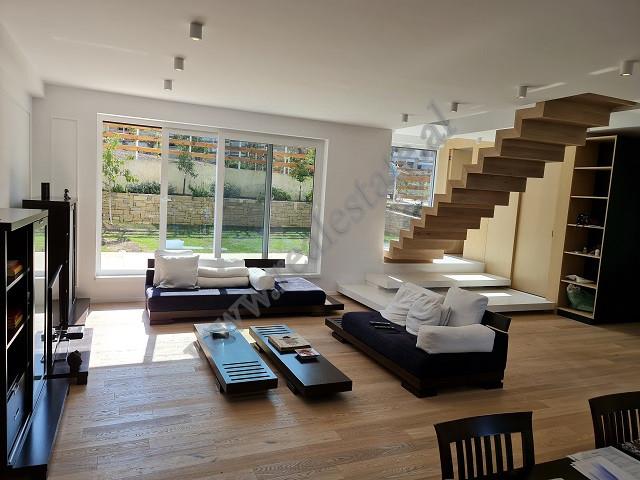 Vile 2-kateshe me qira ne Lunder , Long Hill Residence , Tirane