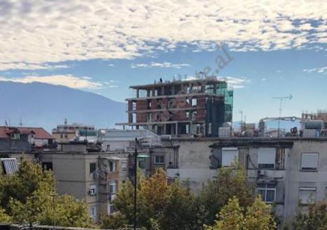 Ambient tregtar me qira prane Rruges Ferit Xhajko  ne Tirane