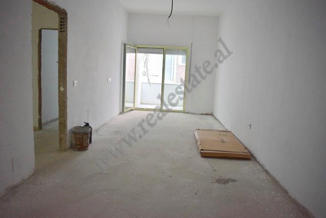 Apartament 2+1 per shitje ne rrugen Peti ne Tirane