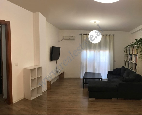 Apartament 2+1 per shitje prane Mozaikut te Tiranes
