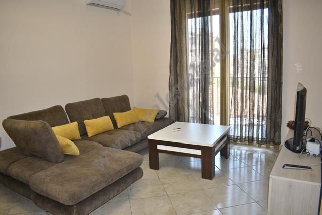 Apartament 2+1 me qira prane Bulevardit Zogu I ne Tirane