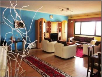 Apartament me qera ne rrugen Dervish Hima afer stadiumit Qemal Stafa.  Me siperfaqe 120 m2 ju ofro