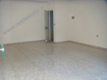 Store space for sale in Tirana. The store is positioned on the 1st floor of a new building, with 45
