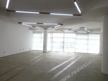 Office space for rent in Tirana. With 256 m2 of space, you can use it depends on you business purpos